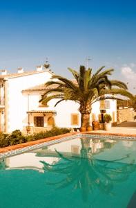 edificio_piscina_home_2